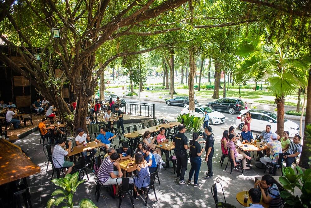 Kinh nghiệm chọn vị trí đắc địa để mở quán cafe